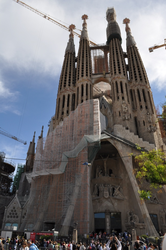 La Sagrada Familia - plus the crowds!