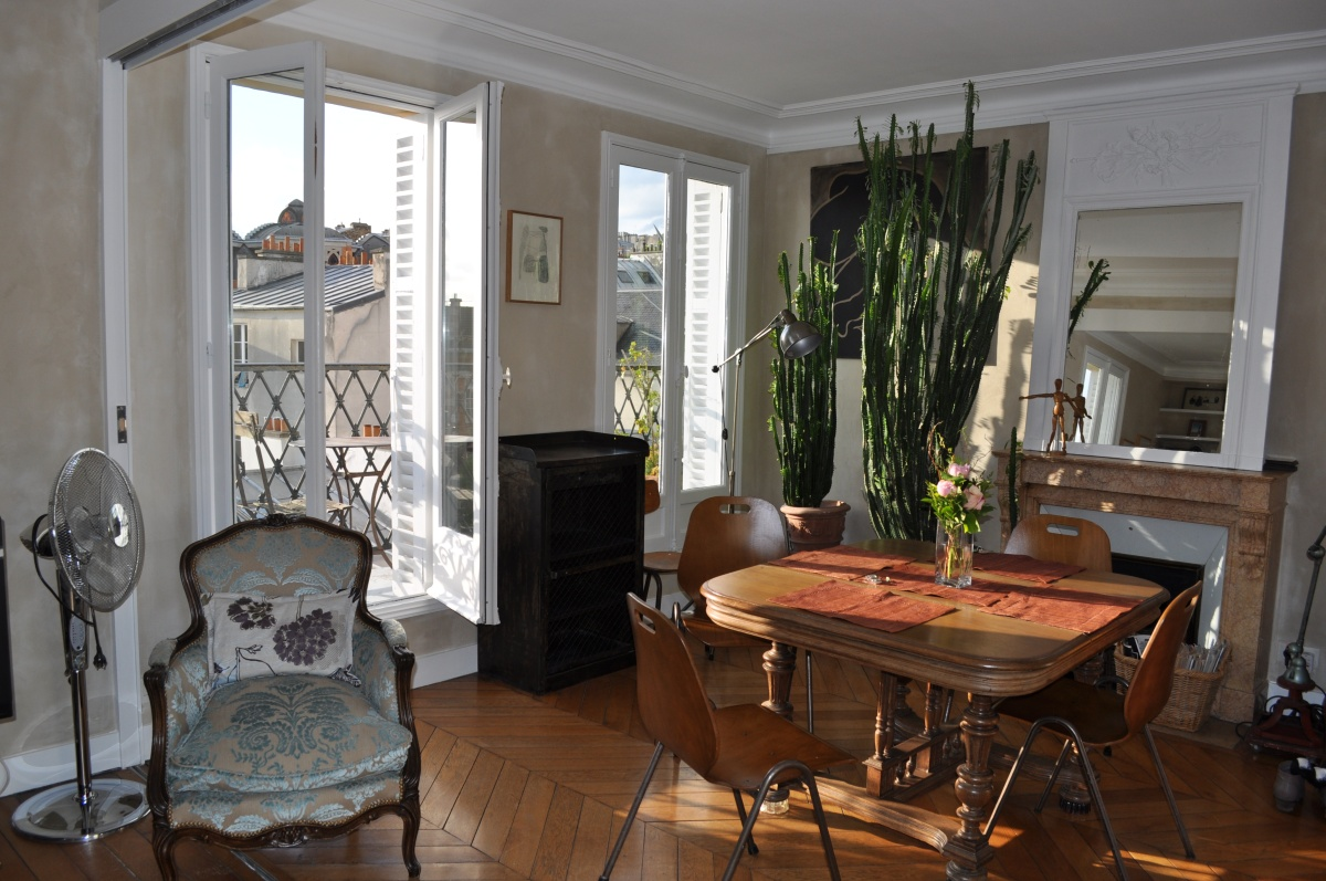 The Beautiful Montmartre Apartment!